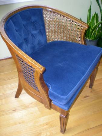 1000 Wonderful Things Craigslist Finds Blue Barrel Chair
