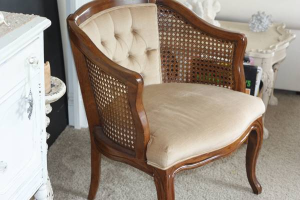1000 Wonderful Things Craigslist FInds Vintage Cane Chair - Craigslist Finds: Accent Chairs 1000 Wonderful Things